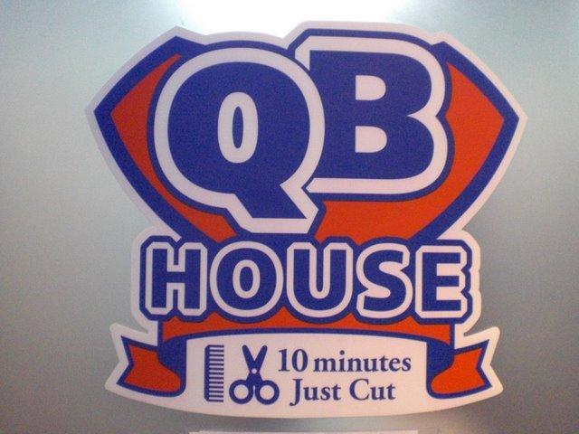 QB HOUSE.JPG